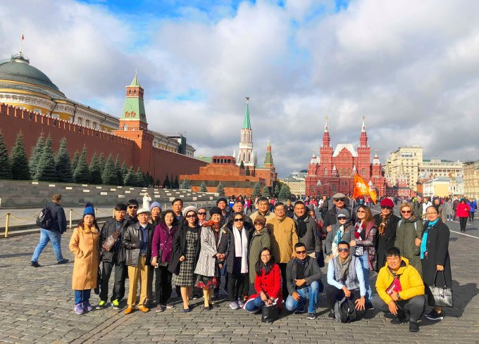 TST_tourist_-_Nga_-_Moscow_-_Saint_Peterburg_-_4_-11.10_2