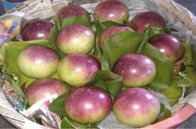 Star apples in Lo Ren-Vinh Kim