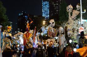 Các nước trên thế giới tổ chức lễ hội Halloween như thế nào?