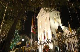 Những nhà thờ rực rỡ đón Giáng sinh tại Hà Nội