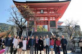TST tourist được bình chọn Top 10 Công ty Du lịch uy tín năm 2017